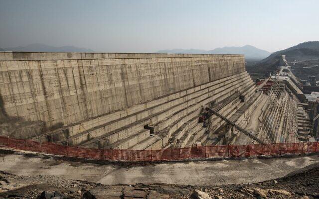 Vue d'ensemble du Grand barrage de la Renaissance éthiopienne (GERD), près de Guba en Éthiopie, le 26 décembre 2019. (EDUARDO SOTERAS / AFP)