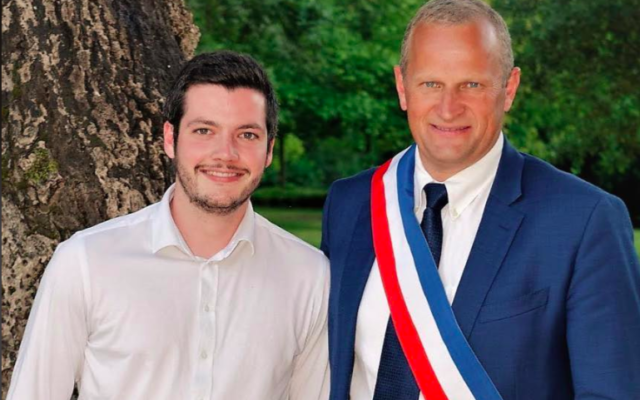 Charles Dayot, maire de Mont-de-Marsan, et Titouan Bernard, chef de cabinet. (Crédit : Facebook / Titouan Bernard)