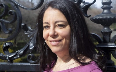Amy Klein à New York le 8 mars 2020 (Crédit : Mira Zaki)