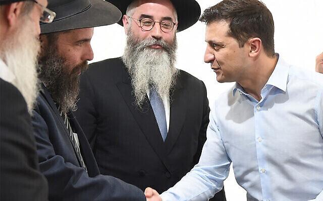 Illustration: Le président ukrainien Vlodymyr Zelensky rencontre des rabbins à Kiev, le 6 mai 2019. (Avec l'aimable autorisation de la communauté juive de Kharkov / via JTA)