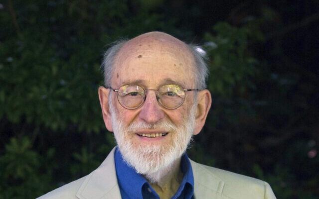 Russell Kirsch, informaticien reconnu pour avoir inventé le pixel et numérisé la première photographie numérique au monde. (Jamie Francis / The Oregonian via AP, File)