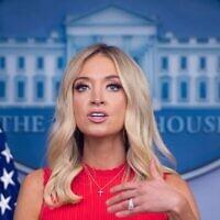 La porte-parole de la Maison Blanche  Kayleigh McEnany s'exprime le 10 juin 2020 dans la Brady Briefing Room de la Maison Blanche à Washington, DC. (Photo par SAUL LOEB / AFP)