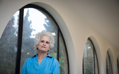 La professeure israélienne de droit Ruth Gavinson à l'université Hébraïque à Jérusalem, le 22 février 2016. (Nati Shohat/Flash90)