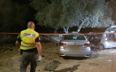 La scène de l'accident de voiture qui a conduit à la mort d'une enfant d'un an. Ses frères et soeurs, âgés de 5 et 3 ans, et leur mère ont été gravement blessés dans l'accident à proximité de Shaab, dans le nord d'Israël, le 14 août 2020. (Israel Police)