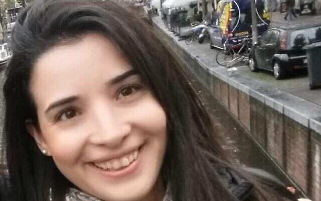 Shira Moshe, poignardée à plusieurs reprises et grièvement blessée par son mari Aviad, dans une photo non datée. (Autorisation)