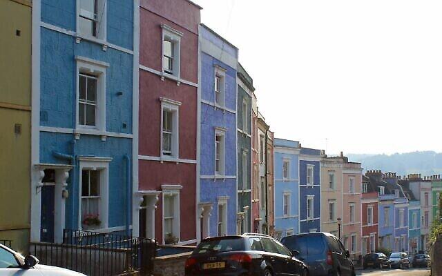 Illustration : une rue de Bristol (CC BY-SA Barry Dogger/Wikimedia Commons)