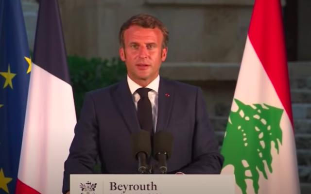 Emmanuel Macron, le 6 août 2020 à Beyrouth. (Crédit : capture d'écran YouTube)