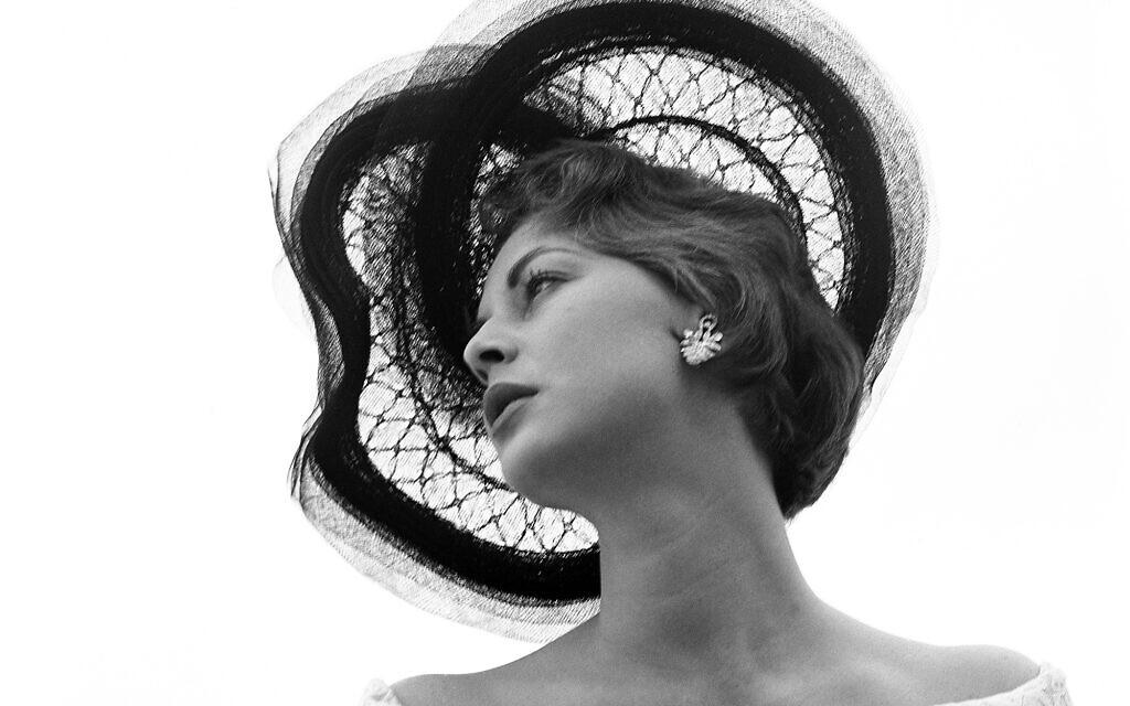 Femme au chapeau, de la collection de la Photo House (Autorisation : The Photo House)