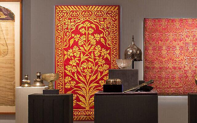 Quelque 190 objets du musée L.A. Mayer d'Art islamique seront vendus aux enchères à Sotheby's Londres le 27 octobre 2020 (Autorisation : Sotheby's)