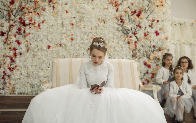 "Shira Haas dans ""Unorthodox"" de Netflix (Anika Molnar/Netflix)"