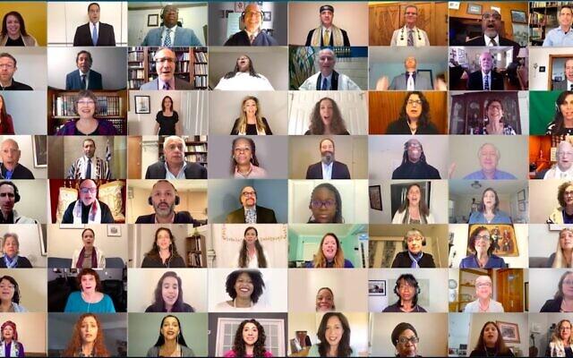 Cent chantres juifs et chefs spirituels afro-américains dans une vidéo de reprise du gospel 'Total Praise'. (Autorisation : Assemblée des chantres)