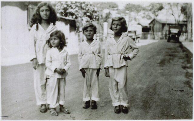 Les enfants Jacob : Madeleine, dite Milou, Simone, Jean et Denise. (Autorisation)