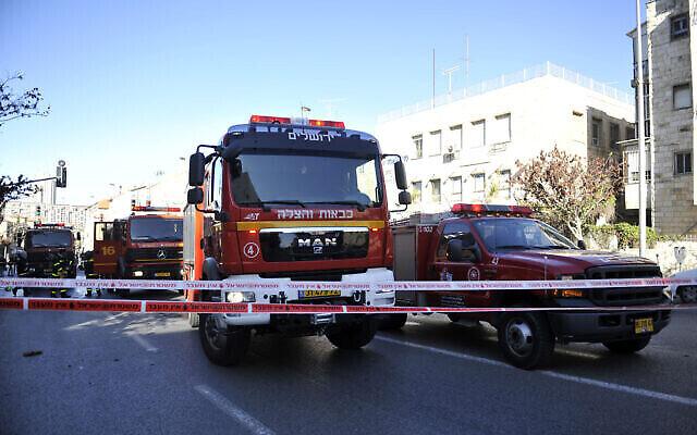 Illustration : des camions des services de pompiers israéliens, le 9 janvier 2012. (Uri Lenzi/Flash90)