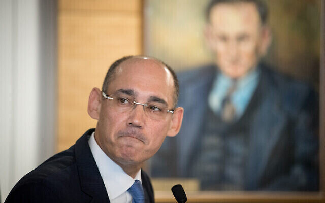 Le gouverneur de la Banque d'Israël Amir Yaron, lors d'une conférence de presse le 31 mars 2019. (Autorisation : Yonatan Sindel / Flash90)