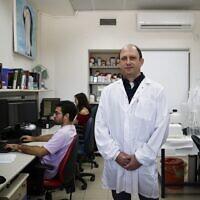 Leprofesseur Noam Shomron. (Crédit : Autorisation de l'université de Tel Aviv)