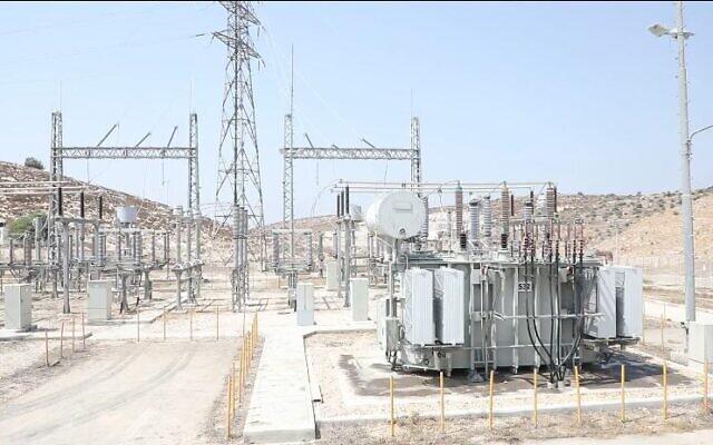 Un nouveau poste électrique, en Cisjordanie, dont Israël a transféré le contrôle aux Palestiniens. (Crédit : COGAT)