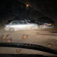 La scène d'un attentat présumé à la voiture-bélier par un résident de l'avant-poste de Kumi Ori près de l'implantation de Yitzhar en Cisjordanie, le 25 novembre 2020. (Police des frontières)