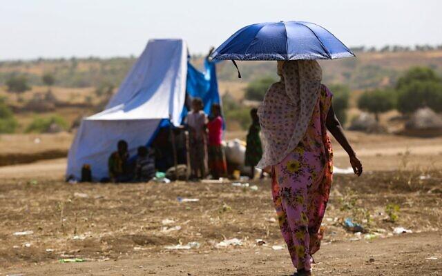 Une Ethiopienne dans le camp de réfugiés de Hamdait à la frontière soudanaise, le 12 novembre 2020. (Crédit : AFP)