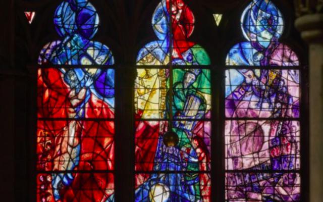 Des vitraux de Marc Chagall, présentés au Musée Pompidou-Metz. (Crédit : Musée Pompidou-Metz)
