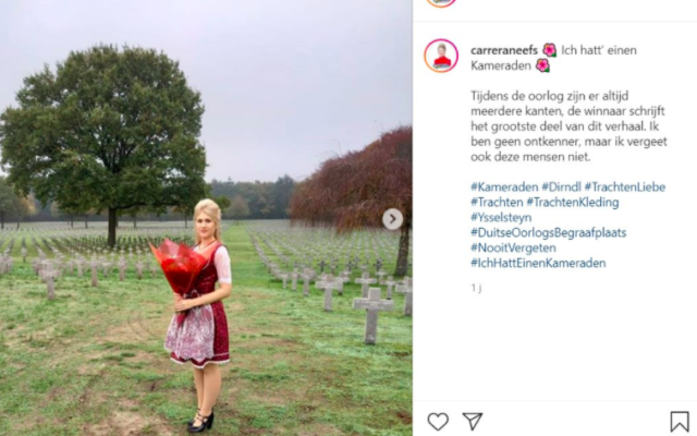 Carrera Neefs, élue belge d'extrême droite, sur la tombe d'un soldat SS au cimetière militaire d'Yssenstein (Pays-Bas), le 11 novembre 2020. (Crédit : Carrera Neefs / Instagram)