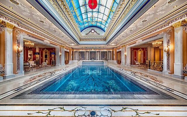 Un manoir à vendre pour 845 millions de shekels à Césarée. (Crédit : Sotheby International Realty)