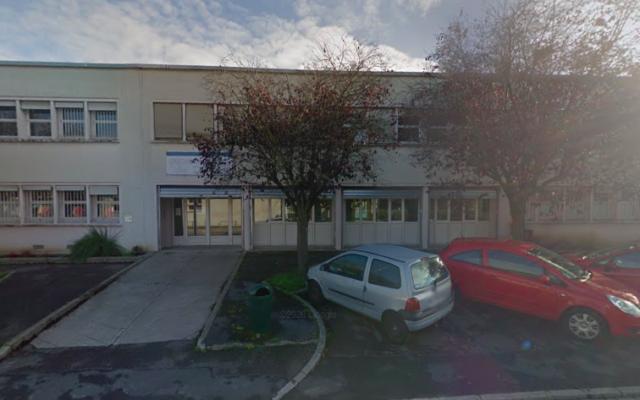 La crèche municipale Les Dauphins à Melun, en Seine-et-Marne. (Capture d'écran Google Maps)