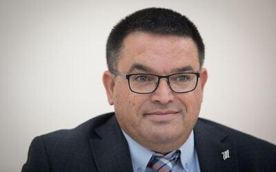 Le député du parti Kakhol lavan, Michael Biton, à la Knesset, le 29 avril 2019. (Noam Revkin Fenton/Flash90)
