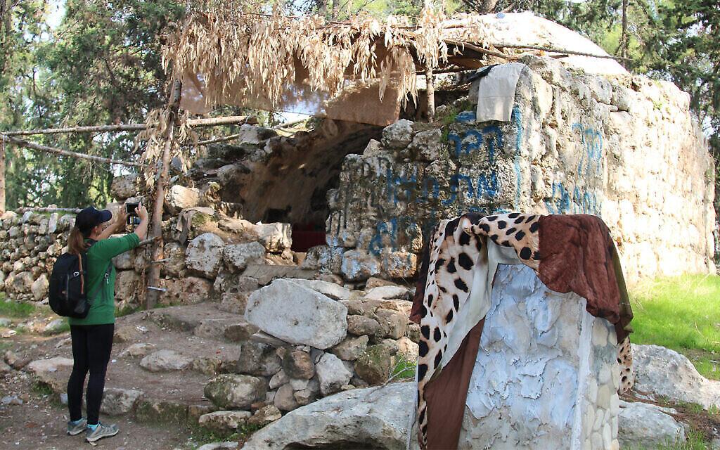 Une zone supposée être le lieu de sépulture des Maccabées en dehors de Modiin, dans le centre d'Israël. (Shmuel Bar-Am)
