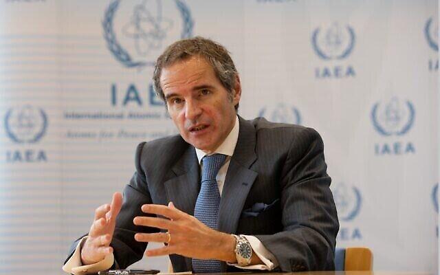 Le directeur général de l'Agence internationale de l'énergie atomique (AIEA), Rafael Mariano Grossi, s'exprime lors d'une interview à l'AFP à Vienne, le 30 novembre 2020. (Alex Halada/AFP)