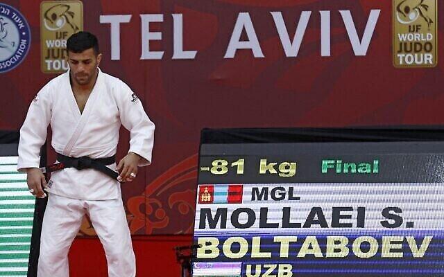 Le judoka de Mongolie d'origine iranienne Saeid Mollaei participe à la finale de la catégorie masculine des moins de 81 kg du Grand Chelem 2021 de Tel Aviv, le 19 février 2021. (JACK GUEZ / AFP)