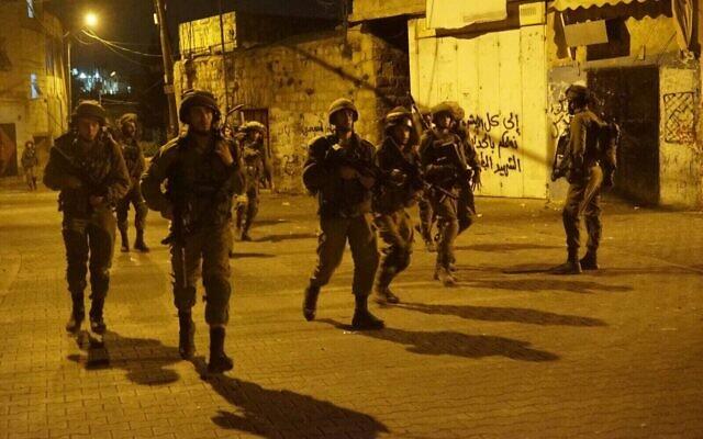 Des soldats de Tsahal lors d'un raid en Cisjordanie. (Armée israélienne)