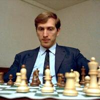 L'ancien champion d'échecs américain Bobby Fischer à un endroit indéterminé aux Etats-Unis, le 10 août 1971. (Crédit : AP Photo)