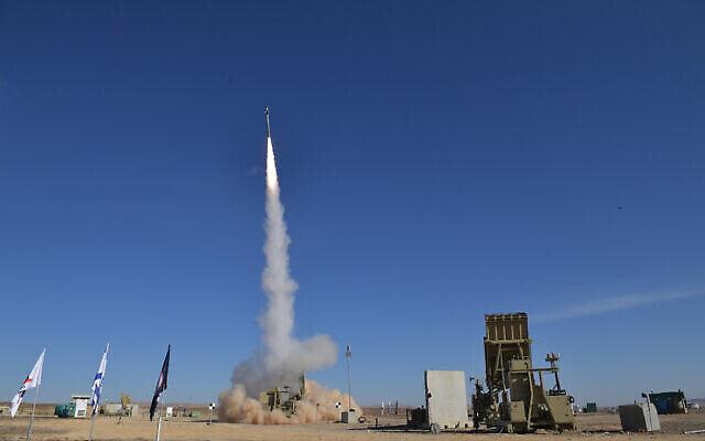 Illustration : Le ministère de la Défense et l'entrepreneur de défense Rafael testent une version améliorée du système de défense antimissile Dôme de Fer en janvier 2020. (Ministère de la Défense)