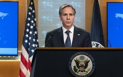 Le secrétaire d'État Antony Blinken lors d'une conférence de presse au département d'État à Washington, le 26 février 2021. (Crédit : Manuel Balce Ceneta / POOL / AFP)