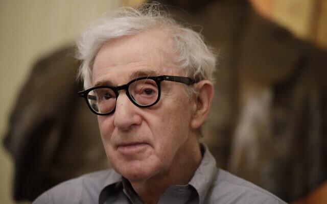 CBS fait son auto-critique pour avoir interviewé et « légitimé » Woody Allen
