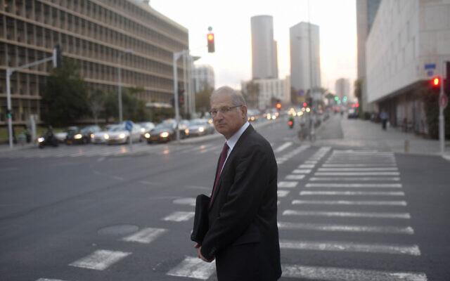 David Shimron, ancien avocat personnel du Premier ministre Benjamin Netanyahu, à Tel Aviv le 17 février 2015. (Ben Kelmer/Flash90)