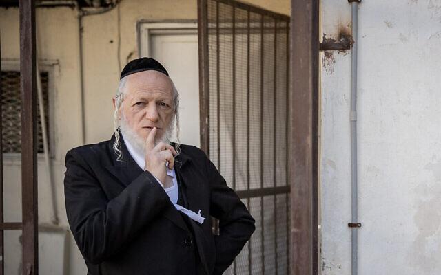 Yehuda Meshi Zahav pose pour une photo à Jérusalem le 19 janvier 2021. (Crédit : Yonatan Sindel/Flash90)
