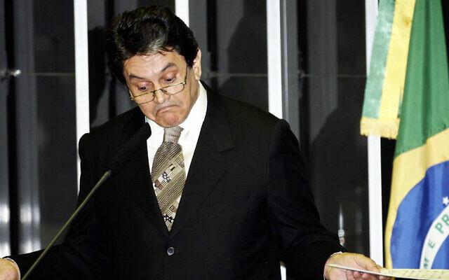 Le député brésilien Roberto Jefferson à la chambre basse du Congrès, le 14 septembre 2005 à Brasilia. (Crédit : AFP PHOTO/Evaristo SA)