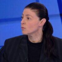 Merav Michaeli, dirigeante du Parti travailliste, intervient sur la Douzième chaîne, le 6 mars 2021. (Capture d'écran)