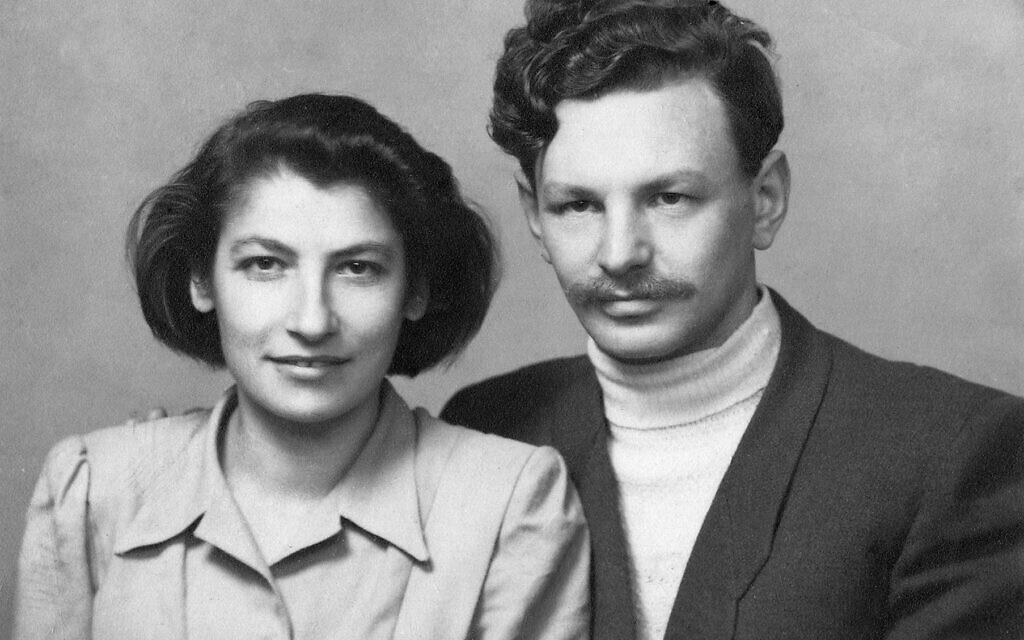 Zivia Lubetkin et Antek (Yitzhak) Zuckerman, après la guerre. (Autorisation : Ghetto Fighters' House Museum, Photo Archive)