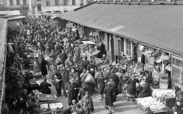 Marché du ghetto de Varsovie, en Pologne occupée par les nazis, 1941. (Domaine public)