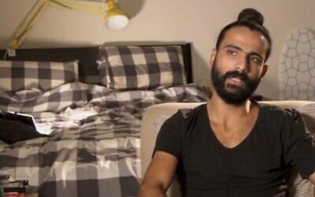 Capture d'écran de la vidéo d'un vétéran de Tsahal, Itzik Saidyan, souffrant de troubles de stress post-traumatique, qui parle de son combat. (Douzième chaîne)