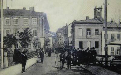 Carte postale représentant la ville de Buczacz en 1910. (Crédit : Domaine public / Wikimedia Commons)