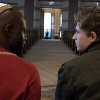 """De gauche à droite : Sammi Rotibi (Nate) et John Berchtold (Isaac) dans """"The Forbidden Wish"""". (Underdog Overkill Productions)"""