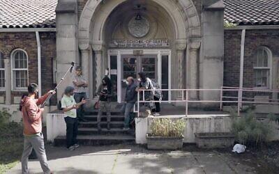 L'école islamique de Seattle en 2007 : des personnalités de la communauté espèrent transformer la propriété en un centre culturel multi-religieux. (Capture d'écran / YouTube)