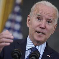 Le président américain Joe Biden dans la salle à manger d'État de la Maison Blanche, à Washington, le 4 mai 2021. (AP Photo/Evan Vucci)