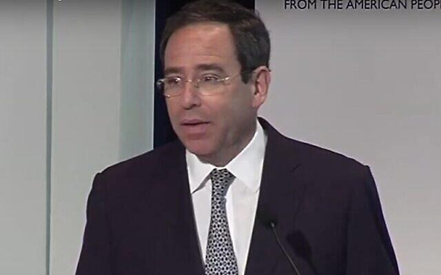 Le secrétaire d'État à l'administration et aux ressources, Thomas Nides, lors d'une conférence de l'USAID, au mois de juin 2021. (Capture d'écran/YouTube)