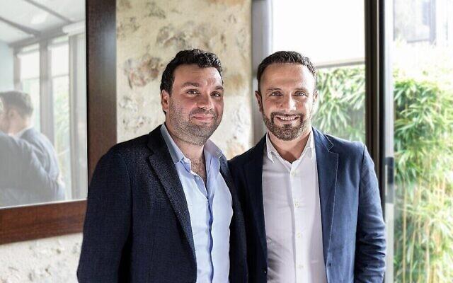 Jonathan Cherki, PDG et fondateur de Contentsquare (d) et Shlomi Hagai (Crédit : Autorisation)