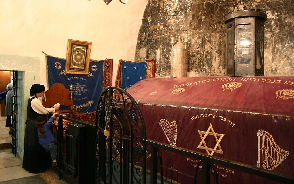 Le site qui serait le tombeau du roi David. (Crédit : Shmuel Bar-Am)