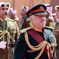Le roi de Jordanie Abdallah II lors de la session parlementaire d'ouverture dans la capitale Amman, le 10 novembre 2019. (Crédit : Khalil Mazraawi/AFP)